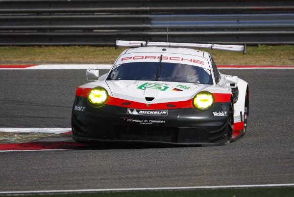 Porsche Car Racer on scion racer, audi racer, cadillac racer, morgan racer, mercedes racer, jeep racer, corvette racer, chevy racer, mg racer, camaro racer, lamborghini racer, packard racer, sunbeam racer, mini racer, toyota racer,