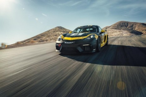 Flying Lizard Announces Dinan and Foley for 2019 Pirelli GT4 America Season in PorscheEntry