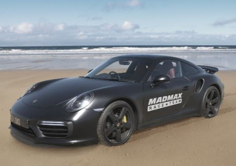 Zef Eisenberg to attempt 'fastest car on sand'record