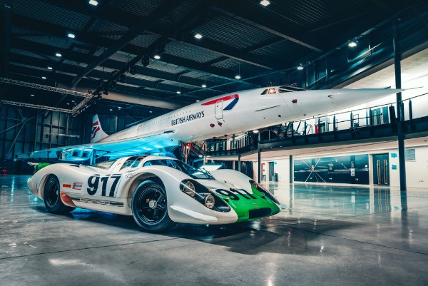 The legendary Porsche 917 meets the fabulous Concorde video