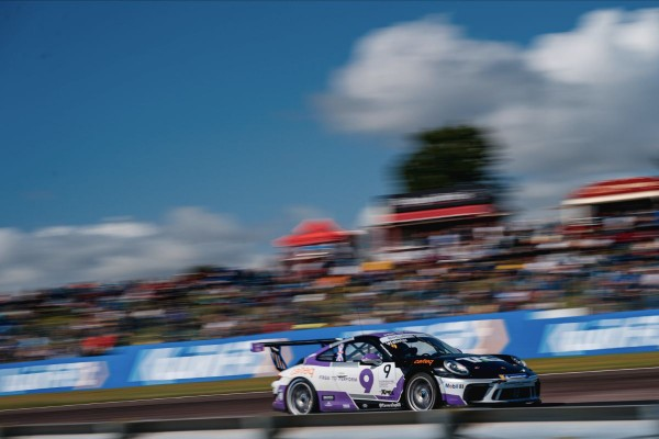 Double hat-trick of Porsche podiums for Team Parker Racing at Thruxton