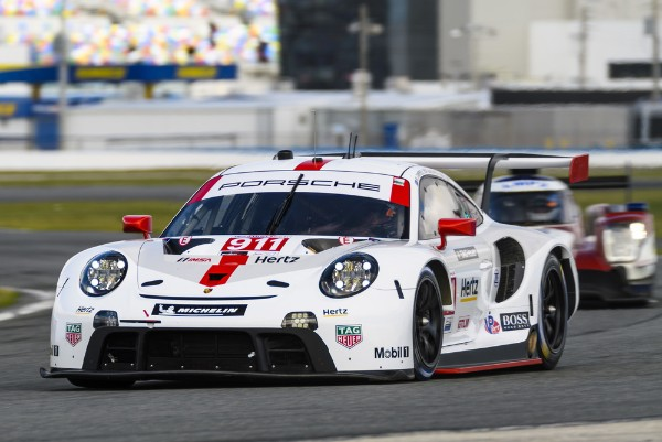 The new Porsche 911 RSR to celebrate race debut in North America
