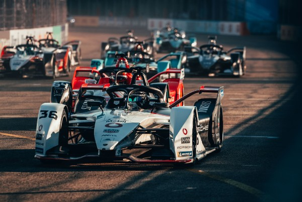Lotterer in the Formula E points for Porsche for the fifth time this season
