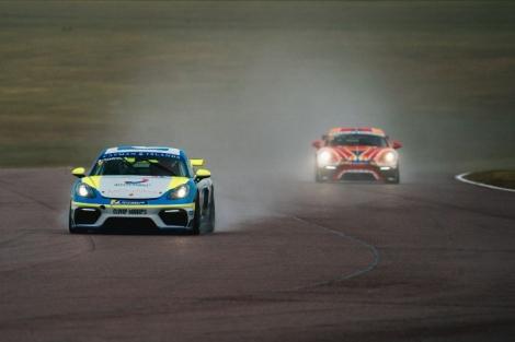 Trio of Porsche Sprint Challenge GB podium finishes for Team Parker Racing atThruxton